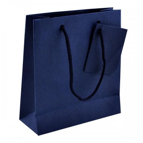 Пакет бумажный подарочный синего цвета